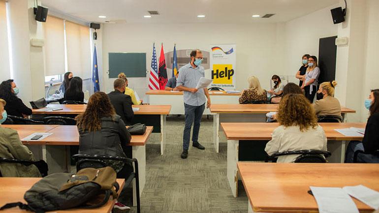 """Mbahet takimi informues në kuadër të projektit """"Fuqizimi socio-ekonomik i Ballkanit Perëndimor"""""""