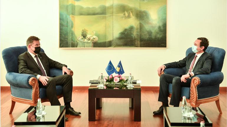Kryeministri Albin Kurti priti në takim përfaqësuesin special të BE-së për dialog, Miroslav Lajçakun